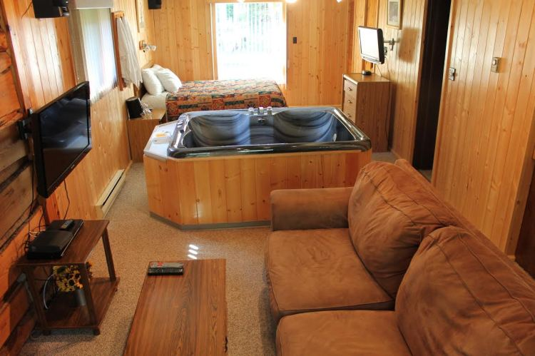 The interior of one of the beautiful cabins at Tallpines Lodges.